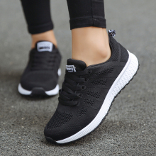 Breathable Mesh Women Casual Shoes Lightweight Sneakers for Woman Outdoor Black White Men Flats Shoe Lace Up Gym Lady Size 44