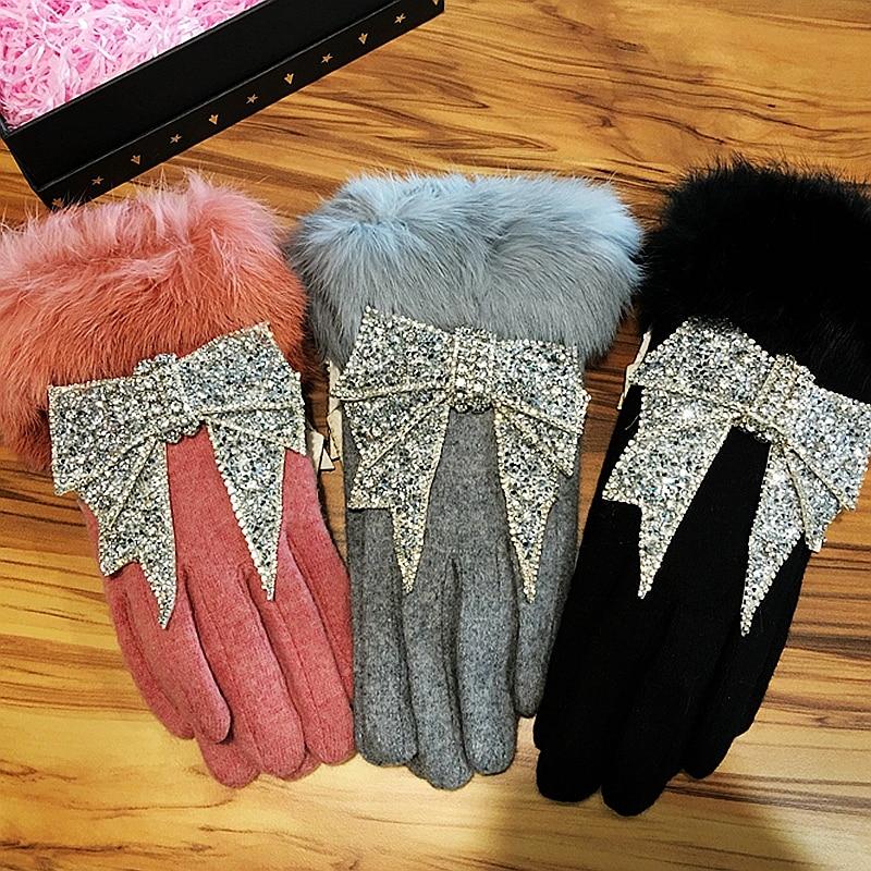 2018 Mulheres de Inverno luvas de Tela de Toque de luxo strass Bowknot Fur Luvas Mittens Cashmere Dupla Luvas Quentes Luva Feminino femme