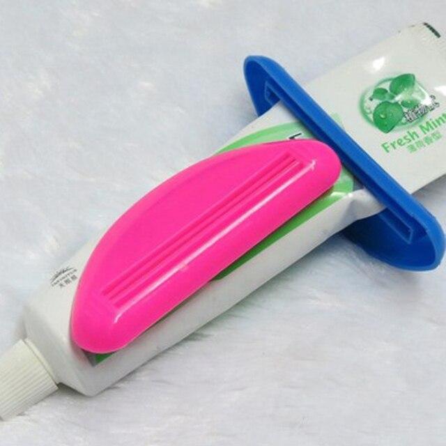 Colore casuale Dispenser Spremere Tubo Squeezer Facile Press Dentifricio Bagno T