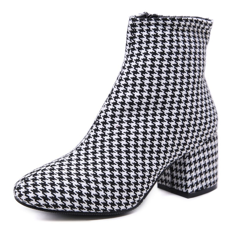 2018 autumn and winter new short boots houndstooth thick with British wind wild plaid high heel womens boots 11292018 autumn and winter new short boots houndstooth thick with British wind wild plaid high heel womens boots 1129