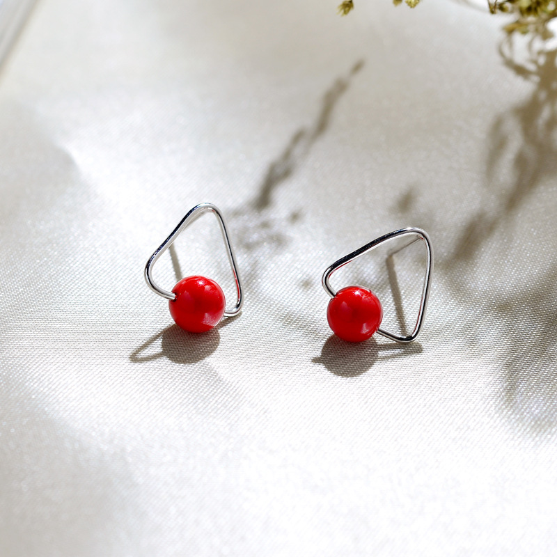 Triangle Shape 925 Sterling Silver Studs Earrings for Womens Fashion Girls Korean Red Simulated Round Pearl Earings Jewelry