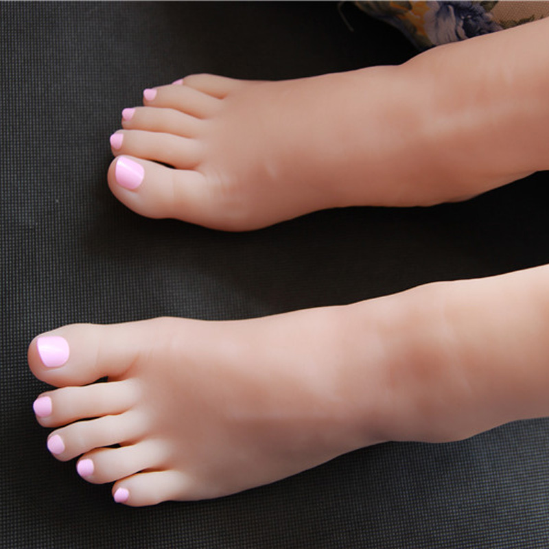 15cm 32# A Pair female Silicone Fake Foot,Inner-Bone Inside,Toe Move Freely,Feet Model,Shoe Model F-502