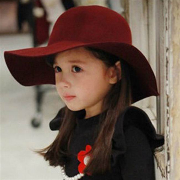2014 Vintage Kids Boy Girl Hats Wine Red Fedora Wool Felt Crushable Wide  Brim Cloche Floppy Sun Beach Cap Free Shipping-in Hats   Caps from Mother    Kids on ... b3c9ed359b2
