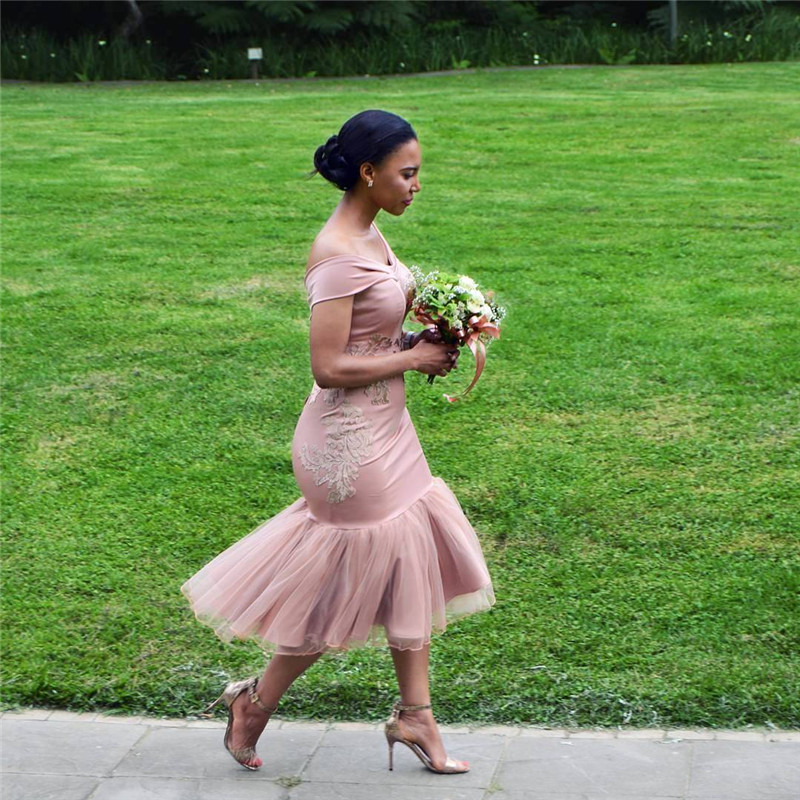 2019 Latest African Mermaid Pink   Bridesmaid     Dress   With Applique Lace Off the Shoulder Tea Length Wedding Guest Gowns Hot Sale