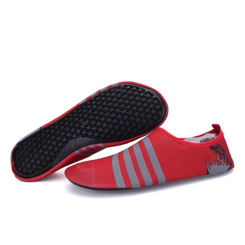 Mens Womens Water Schoenen Barefoot Strand Zwembad Schoenen Sneldrogende Aqua Yoga Sokken voor Zwem Water Sport
