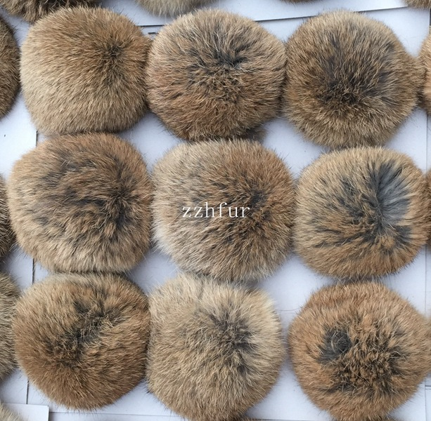 6pcs/lot 8cm Natural Real Rabbit Fur Ball Pom Poms Fluffy Fur Pompom DIY For Women Kids Winter Hat   Skullies     Beanies   Knitted Cap