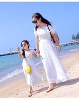 New Hot Sale Mom and Daughter Dress White Lace Collar Bohemian Mom Daughter Baby Kids Beach Long Dresses Family Matching Outfit