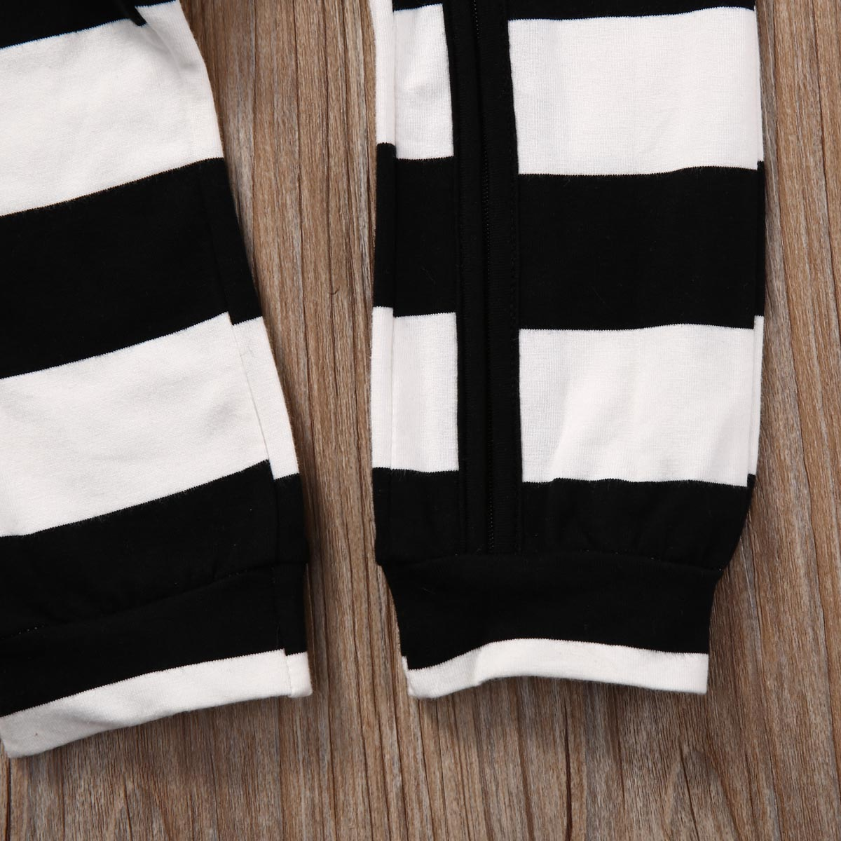 3e32d69f8 Pudcoco Baby Boys Clothes Zip Up Sleeper Long Sleeve Striped Infant ...