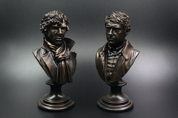2Pcs Watson <font><b>Sherlock</b></font> <font><b>Holmes</b></font> <font><b>Action</b></font> Toy <font><b>Figure</b></font> Bust Resin Statue <font><b>Action</b></font> <font><b>Figures</b></font> Doll Resin Benedict Cumberbatch desk decoration