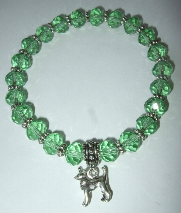 Hot Fashion Jewelry 10pcs Chihuahua Dog Pendants Charm Green Beaded Protection Spiritual Stretchy Bracelets&Bangle Shipping A385