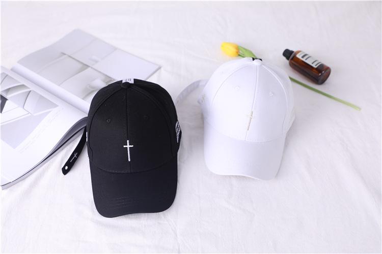 black snapback hat 1 (1)