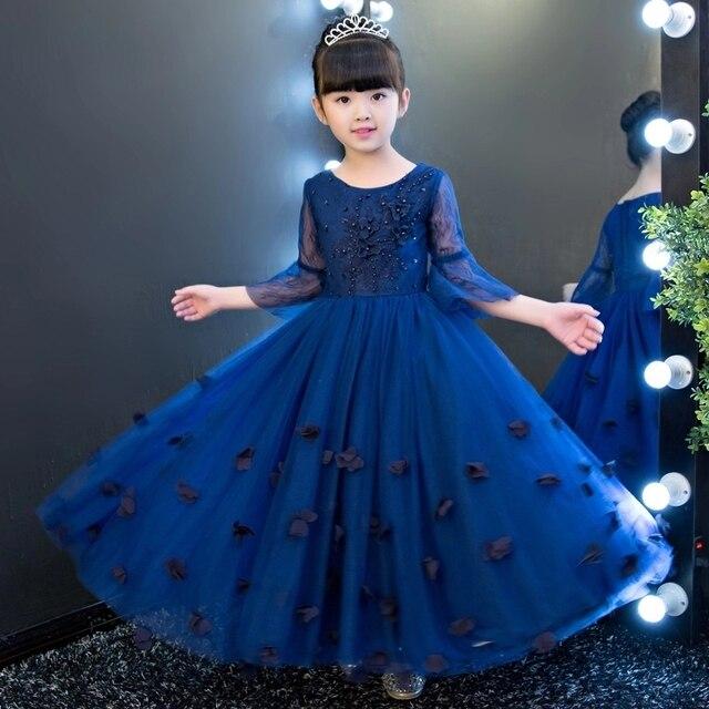 Vestido para festa de casamento azul royal