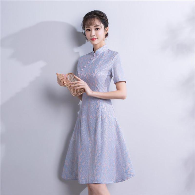 2019 Nouveau Violet Qipao Vintage Femmes Chinois Robe Courte Sexy Mince décontracté Col Mao Cheongsam Dame Fleur Robes S-XXL