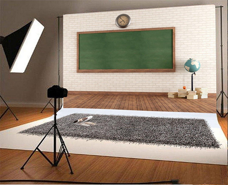 Verbazingwekkend Schule vintage klassenzimmer grün tafel ziegel wanduhr buch holz UT-33