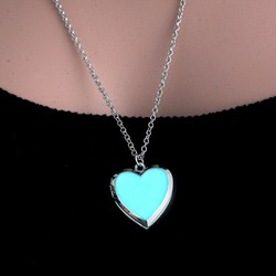 Rinhoo Vintage Heart Glowing Necklace Glow in the dark necklace for women men couple Gift blue Light pendant necklace