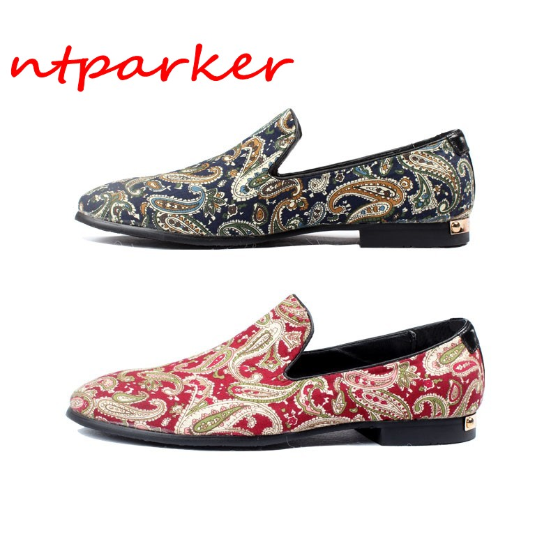 2018 Embroidery Lace Man Loafers Shoes Flats Slip on Dress Wedding Shoes Hombre Sapatos Handmade Unique Style Leisure Shoes 2017 men shoes fashion genuine leather oxfords shoes men s flats lace up men dress shoes spring autumn hombre wedding sapatos
