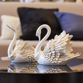 Creative living room decoration TV wine cabinet partition wedding ceremony swan ornaments home decor crafts new home gifts
