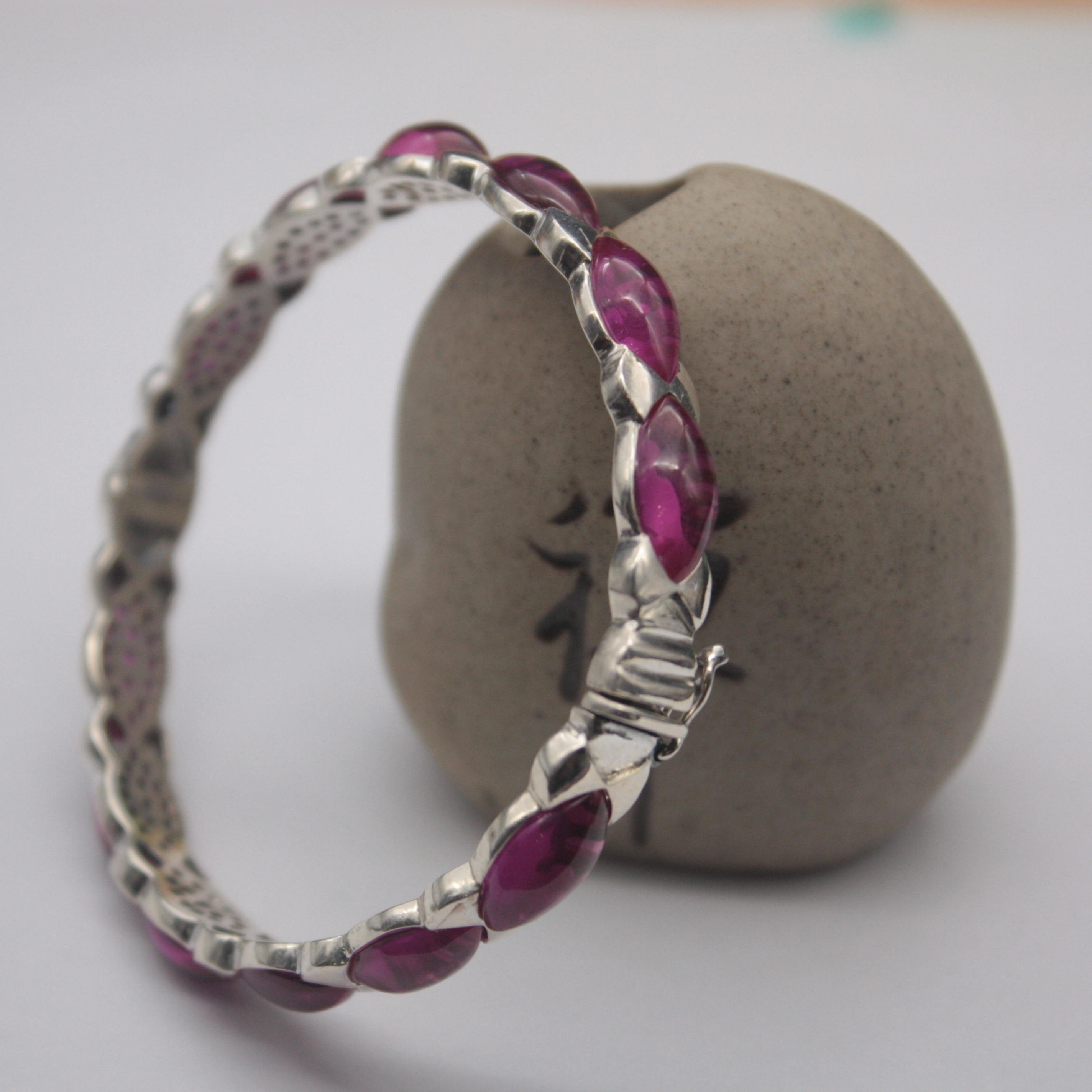 Real S925 Silver Bangle Red Corundum Round Bead Unique Link Women's 54mm Open Bangle Gift Fashion Friend Hot Sale