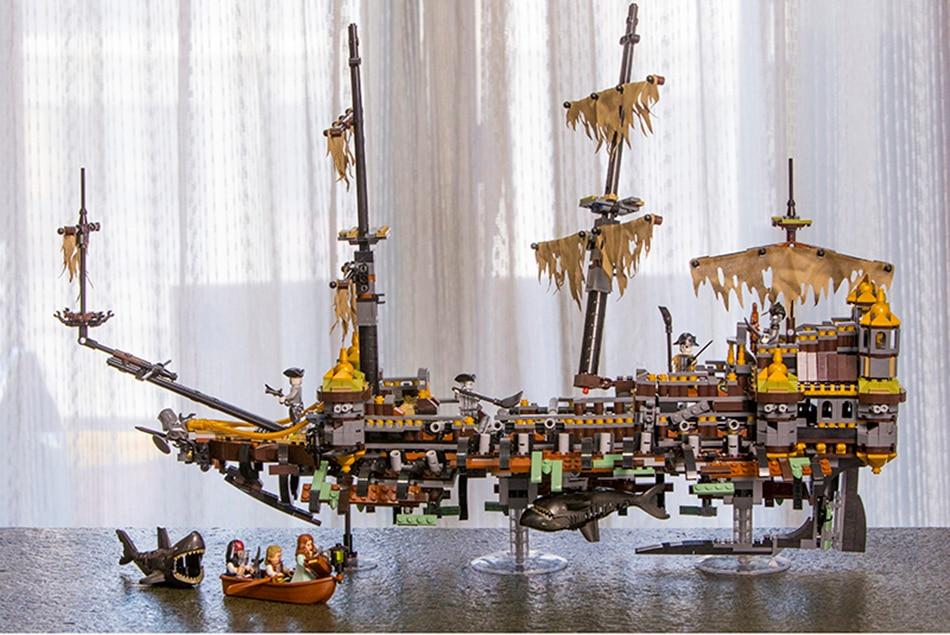 Pirates of The Caribbean Silent Mary 2344 Pcs Building Blocks Bricks Ship DHL