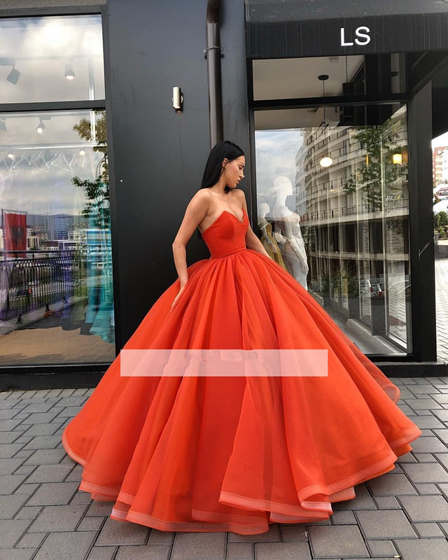 Puffy 2019 Cheap Quinceanera Dresses Ball Gown Sweetheart Floor Length Tulle Sweet 16 Dresses