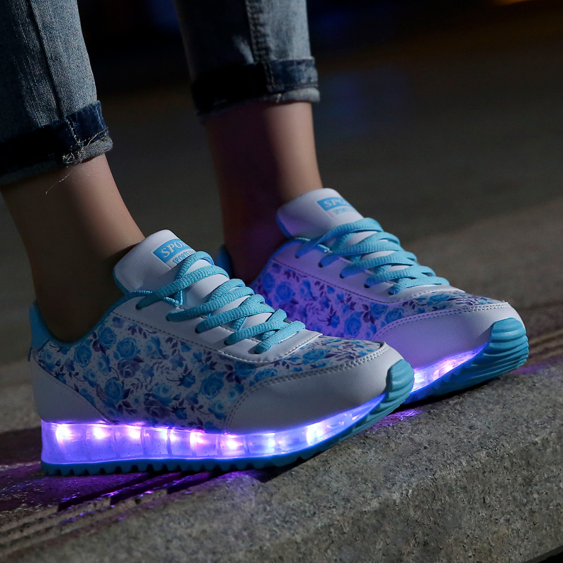 2015 Light Up Womens Sneakers Led Shoes Womens Blue Red Green Light Up  Sneakers For Adults Colorful Light Up Womens Sneakers-in Men s Casual Shoes  from ... 5236a618c6