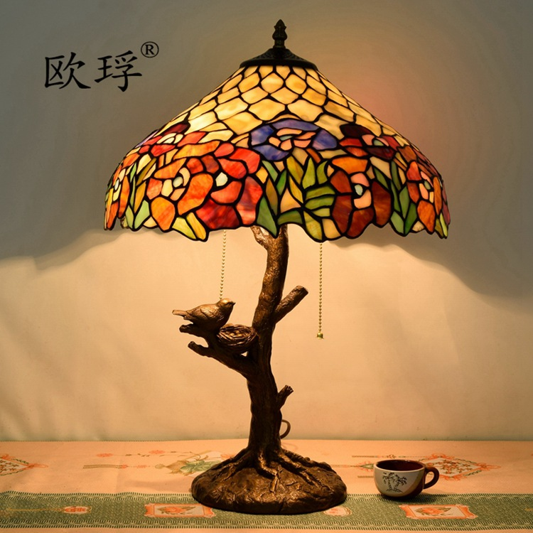 Lampe de table en vitrail Tiffany pastorale américaine pour salon salle à manger chambre décoration oiseau bar lampe