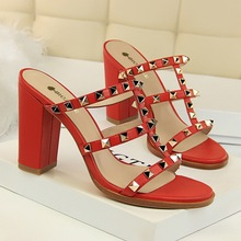 Sexy Night Club Party Shoes Gladiator Rivet Women Sandals New 2018 Fashion Women's High Heel Shoes PU Leather Side Open Vintage