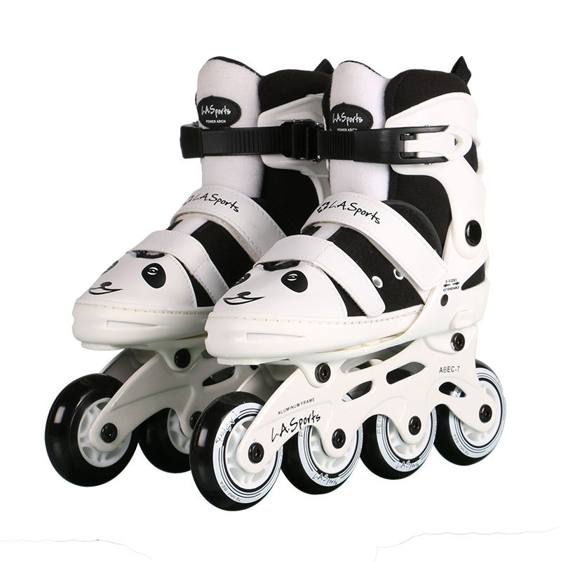 цена  One Set Kids Children Lovely Cute Little Panda Stable Ice Skate Roller Braking Skating Shoes Adjustable Washable Protection Gear  онлайн в 2017 году