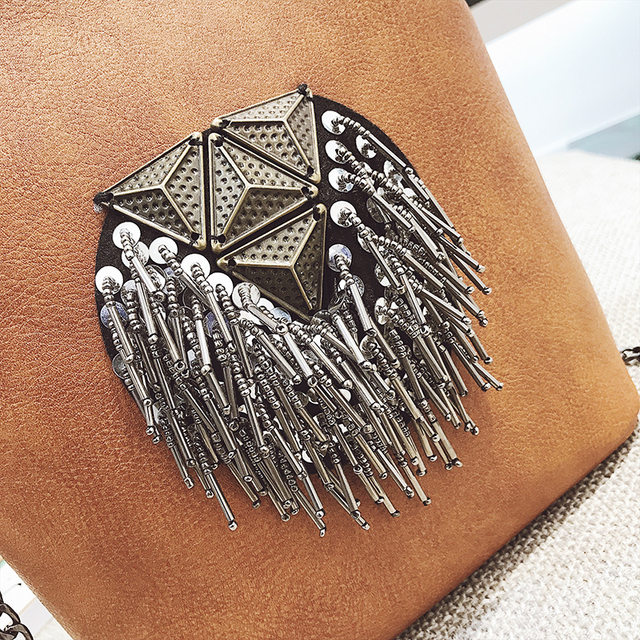 HANEROU Messenger Bags for Women PU Leather Tassel Fashion Frame Bag 2018 New Arrival INS Style Crossbody Chains Shoulder Bags 2