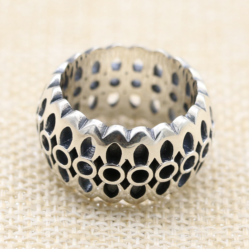 hollow out the ring Mature men temperament of the index finger restoring ancient ways people Thai silver ring width цена 2017