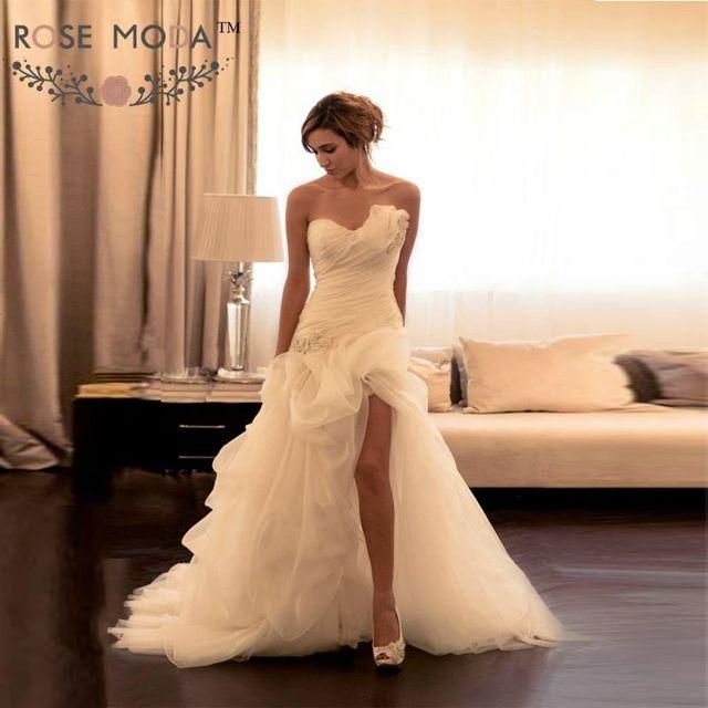Asymmetrische Ausschnitt Brautkleid mit High Slit Gefaltete Spitze ...