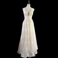 Ivory Sexy Deep V-Neck Prom Dresses Spaghetti Long Evening Dresses Women formal Gowns Lace Gowns Two style Z865