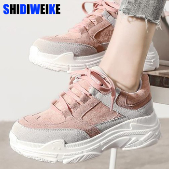 37becc99 Nueva primavera zapatillas de plataforma de las mujeres zapatos planos de  encaje redondo dedo del pie sólido Creepers de mujer de moda Casual zapatos  de ...