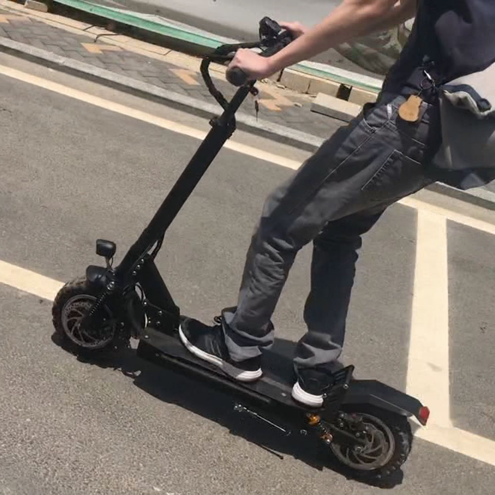 Clever 10 faltbare 3200 W Dual-stick Road Reifen Elektrische Roller 85 Km/h Leistungsstarke Geschwindigkeit Msds Un38.8 Genehmigt Sichere Lithium-batterie Moderater Preis Elektro-scooter Sport & Unterhaltung