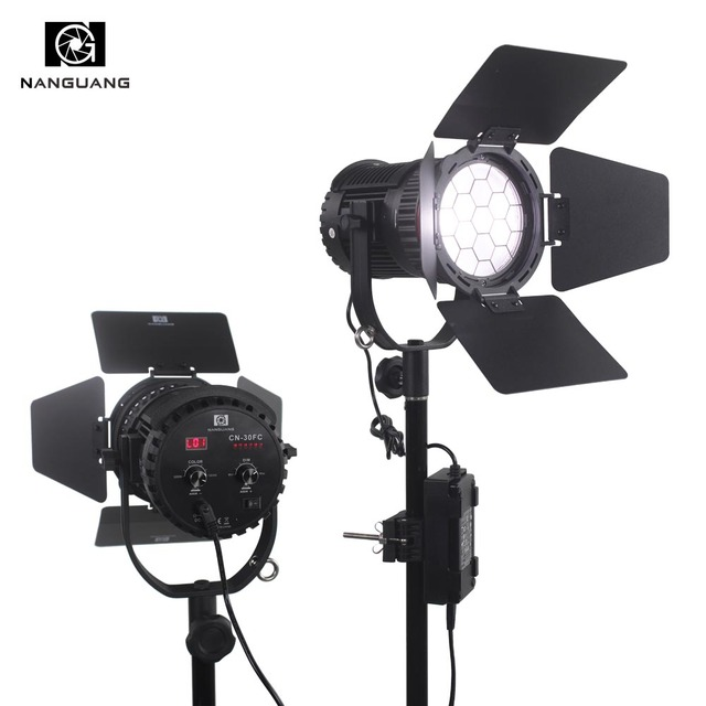30W Bi-color LED Fresnel Light 3200K-5600K +Light Bag+LCD Display+APP /2.4G Remote Control for Filmmakers Photo Video Studio