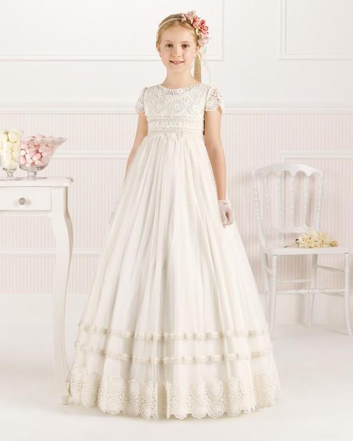 O Laço branco Da Menina de Flor Vestidos para Primeira Comunhão Vestidos de Padrões para As Meninas 2016 de Cetim A Linha de Colher Manga Curta Andar-comprimento