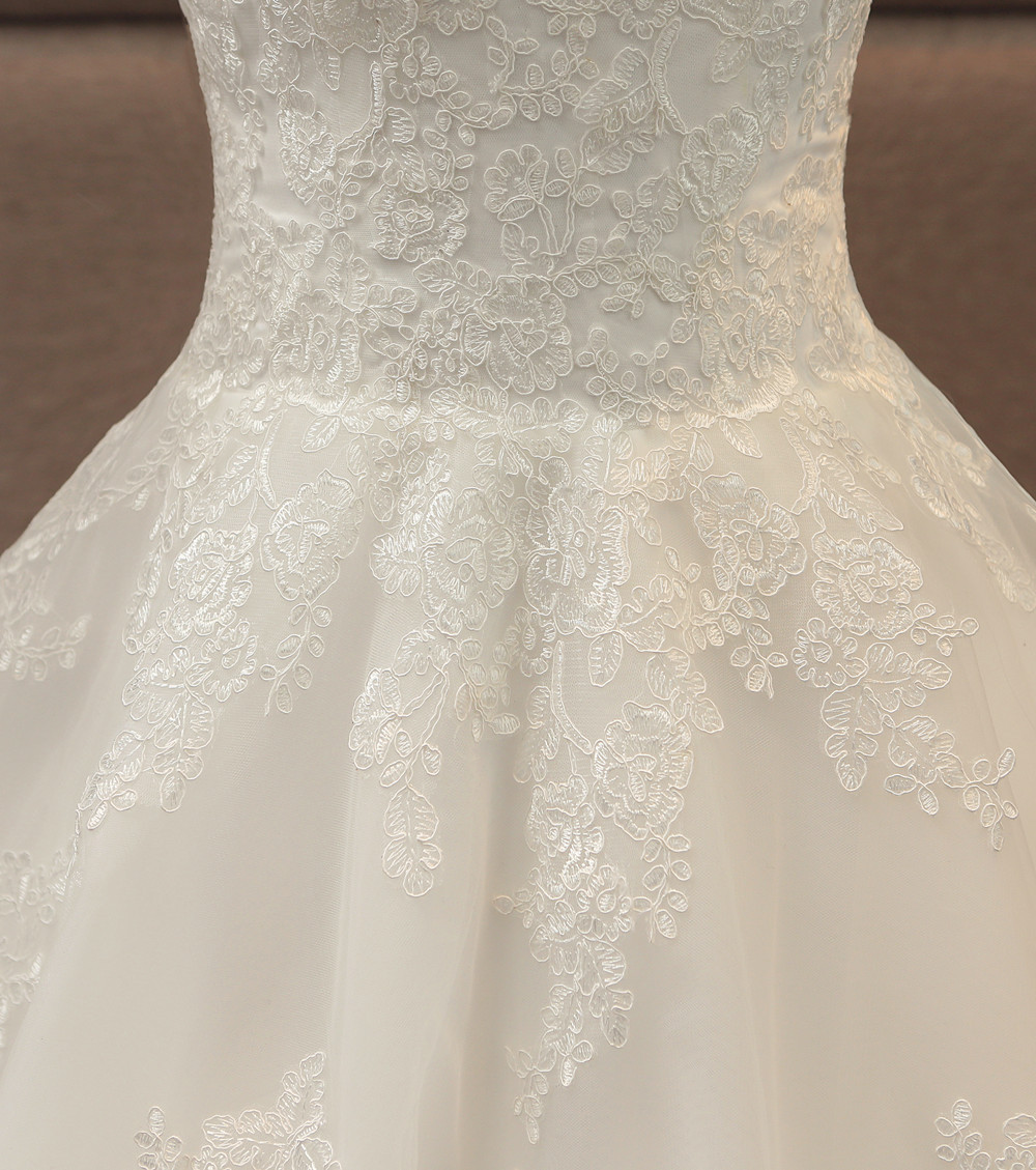 Vintage Beaded V-neck Luxury Wedding Dress