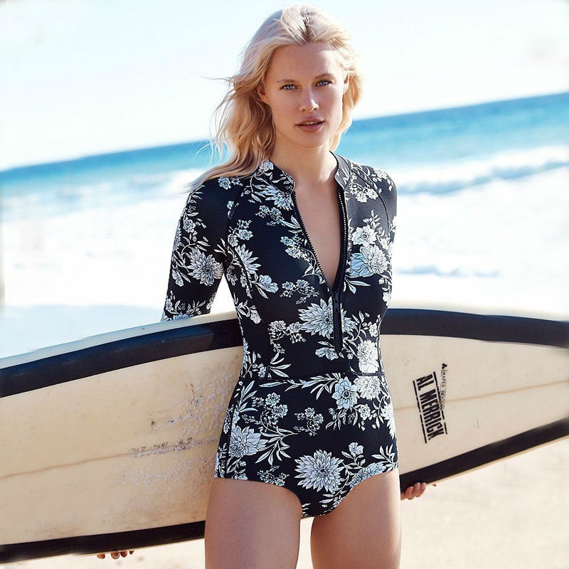New Sexy One pieces Swimwear Women BathingSuit Long sleeve printed Zipper Sport Surfing swimsuit Retro classic print Black