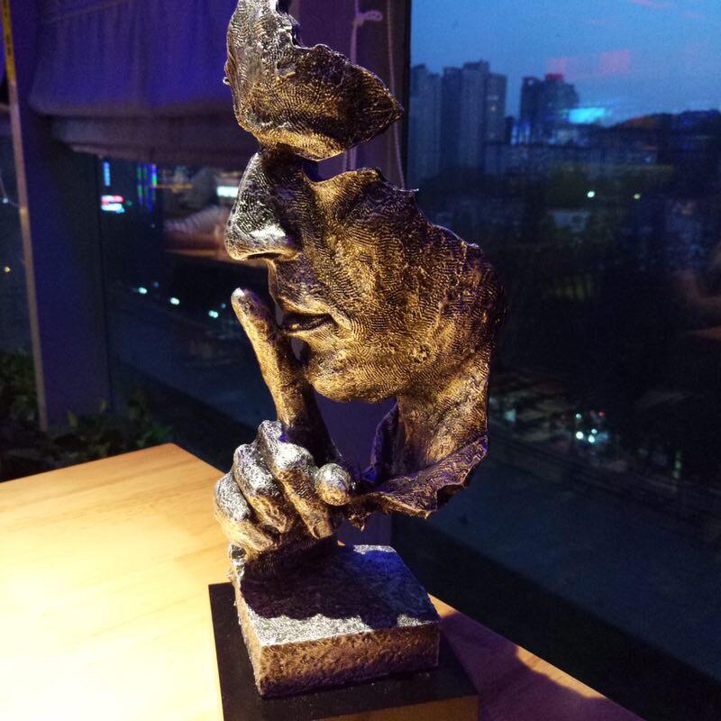 Amerikaanse Retro Creatieve Stilte Is Goud Abstracte Sculptuur Craft Decoratie voor Kantoor Woonkamer Kunstwerk Ornament-in Figuren & Miniaturen van Huis & Tuin op  Groep 1