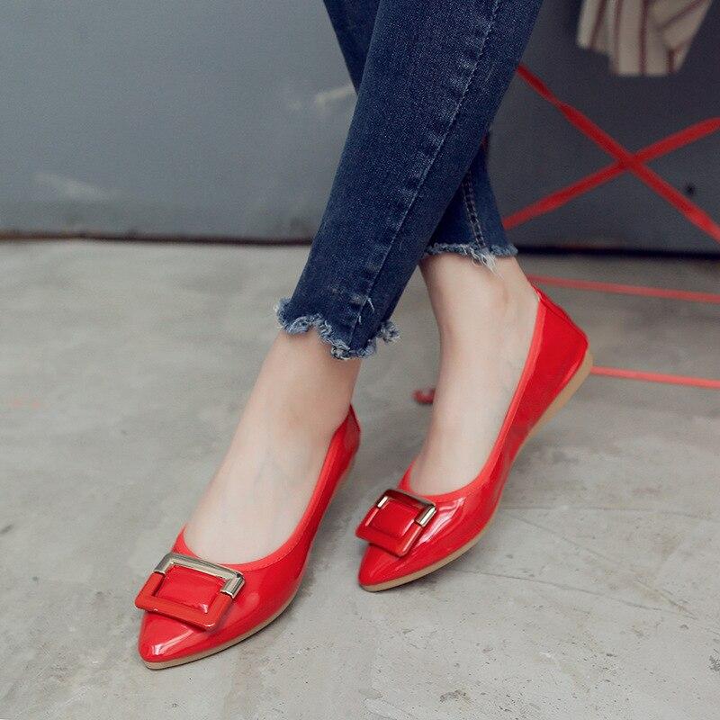 Profonde Nouveau Printemps Pin Flattie rouge Peu Apricot Simples De Zheng Cuir Doux Vernis Ren Jia Femmes Pois 2018 noir blanc Chaussures Boucle En Métal d4nqTx0Y