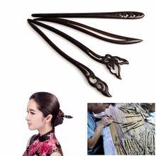 Женская заколка с деревянными бусинами Классическая для волос