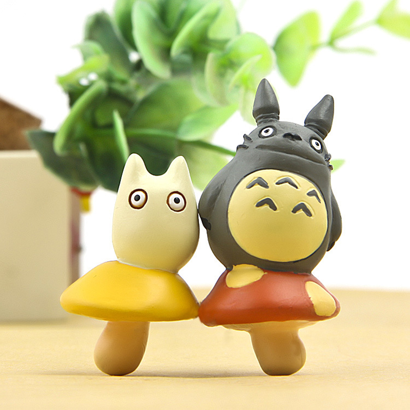 DIY Totoro Standing on Mushroom Figures Toys Anime My Neighbor Totoro PVC Action Figure Collectible Model Toy for Kids 2pcs/lot