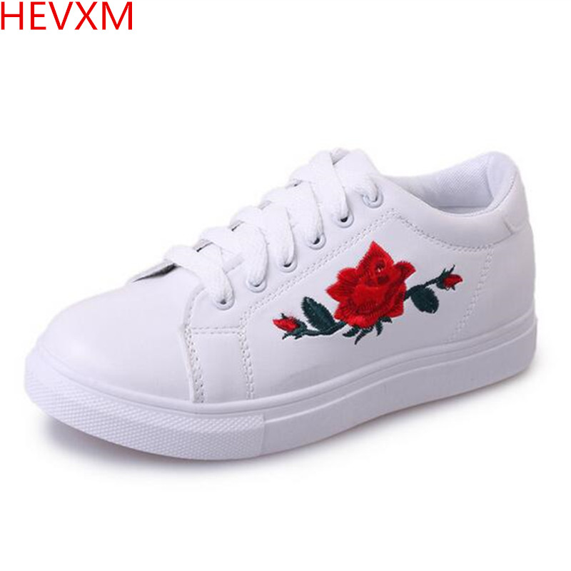 HEVXM 2017 spring autumn new ladies fashion tie embroidery small white shoes women casual wild students shoes hevxm 2017 spring new ladies fashion casual flat bottom high white shoes women hollow comfortable breathable embroidered shoes