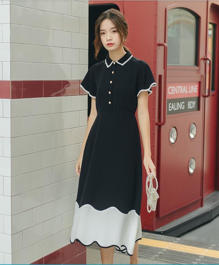 2019 français niche taille slim rétro français noir et blanc couleur correspondant à manches courtes taille haute longue robe femme été marée