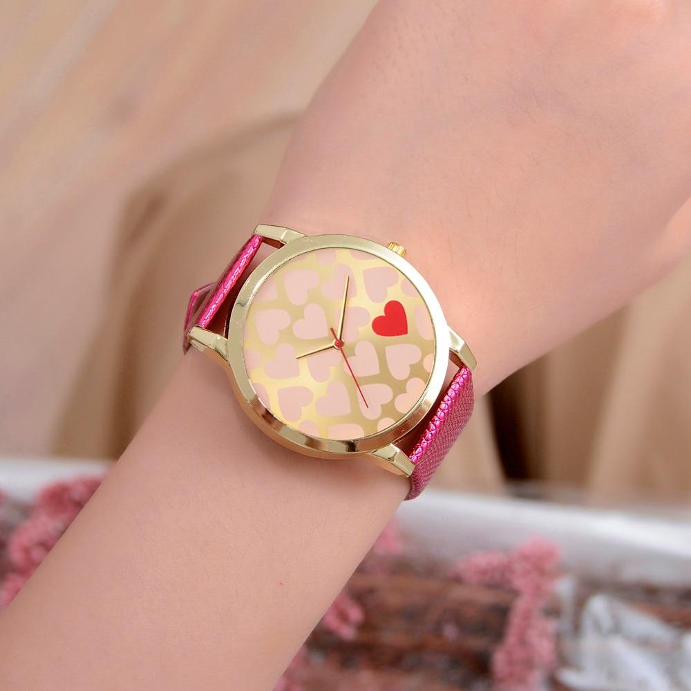 df13b124276ef Love Pattern Dial Women Watches Fashion Female Leather Quartz Wrist Watch  Heart Ladies Watch Clock Zegarek