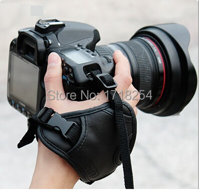 цена на Camera Black Leather Soft Wrist Strap/Hand Grip for Canon 600D 700D 650D 70D Nikon D5200 D750 D3200 D90 D610 SLR/DSLR