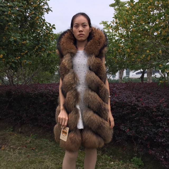 Fandy Lokar Real Fur Vest Winter Fashion Women Genuine Fur Vest Furry Long Real Raccoon Fur Vest With Hood Female Natural Fur