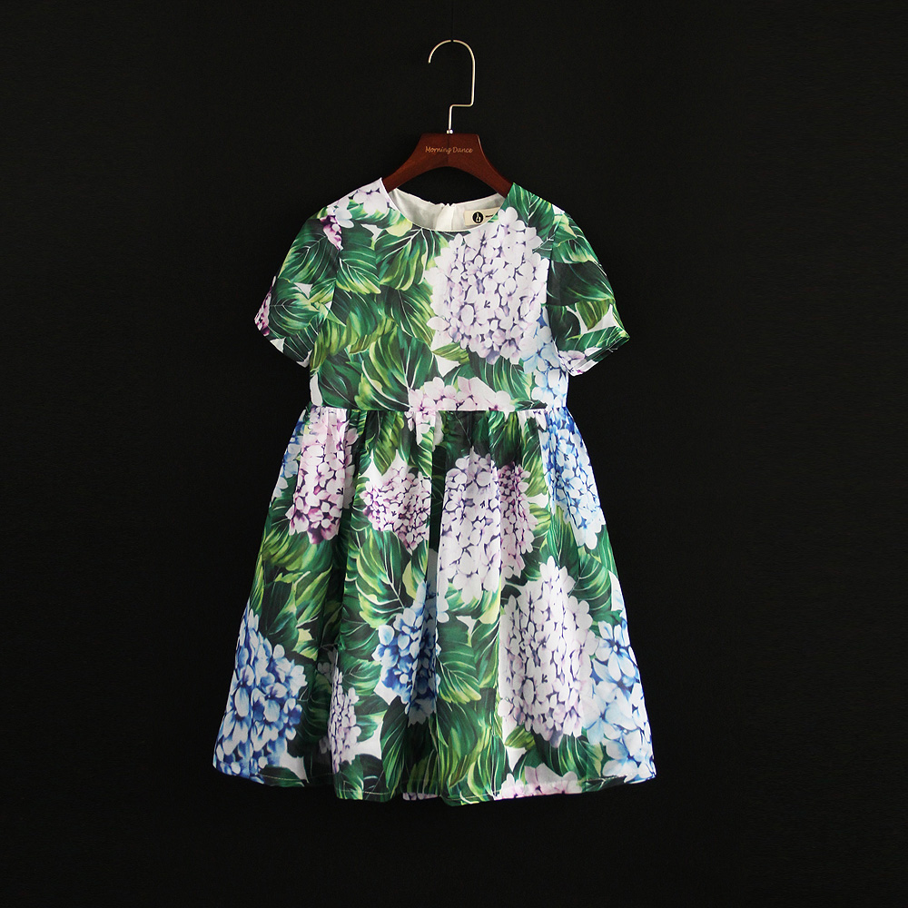 Summer brand kids flower girl children beach dress family look outfit mom and baby girls dress mother daughter matching clothing 2015 summer family clothing sets mother father child matching dad mom daughter son t shirt and shorts family look ma e filha