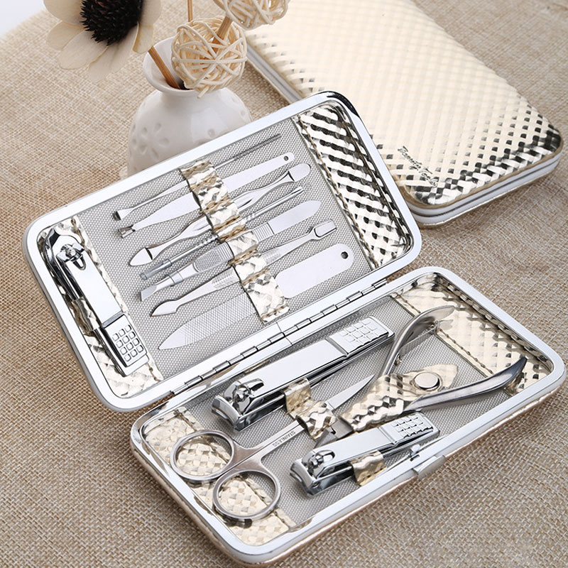 12 PCS/set Gold Nail Art Manicure Set Nails Clipper Kit Pedicure Scissors Tweezer Knife Manicure Sets Tools For Nail Manicure 12 pcs nail art manicure tools set nails clipper scissors tweezer knife manicure sets stone pattern case for nail manicure