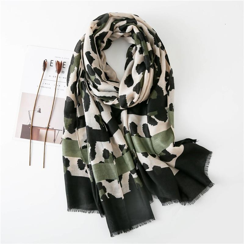 2020 Autumn Winter Sexy Leopard Striped Fringes Viscose Shawl Scarf Women High Quality Neckerchief Foulards Muslim Hijab Sjaal